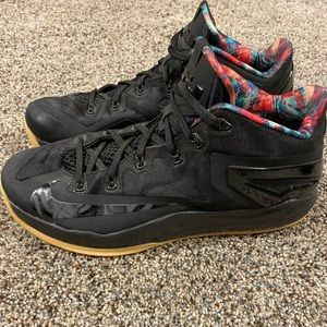 LeBron 11 Low Black Gums